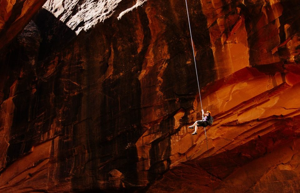 mountain climber, abseiling, rapelling